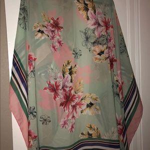 Express Tropical Tassel Kimono